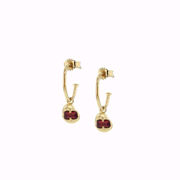Bilde av  FUSION JOINED GOLDPLATED EARRINGS RED CZ.